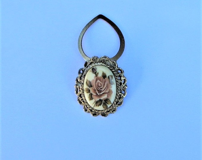 SCARF CLIP - VINTAGE; a pale pink rose, gold metal surround, excellent condition