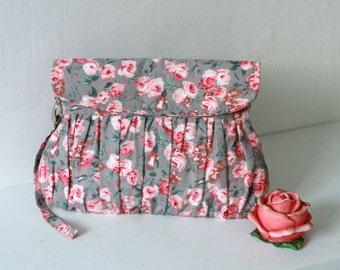 Pink and Grey Clutch, pink roses pleated wristlet clutch