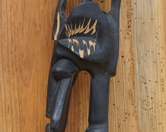 Great very detailed handmade African statue ca 69 cm high