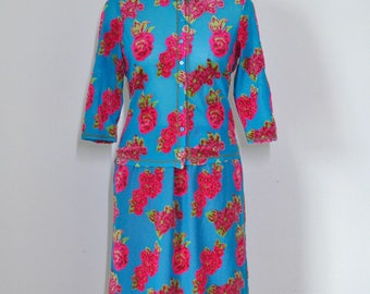 vintage MISS CHLOÉ women 2 pcs see-through sky blue and shocking pink floral pattern blouse & skirt suit, size FR 40/42, made in Japan