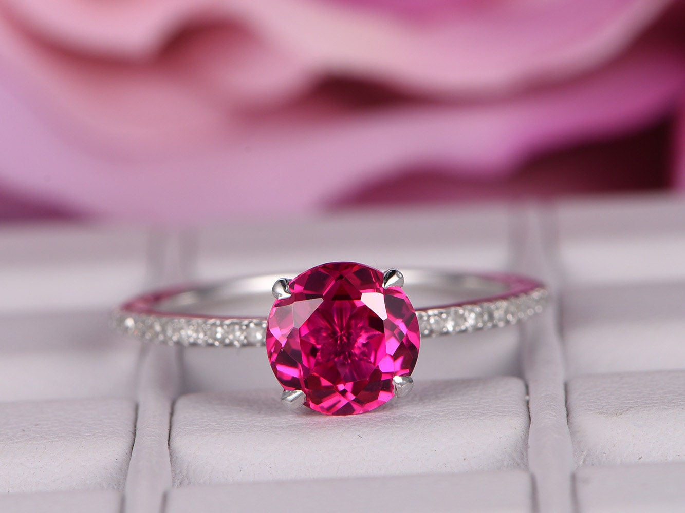 7x7mm Lab-treated Ruby ring with diamond in 14k white