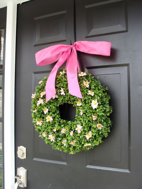 Pink Boxwood Spring Wreath- Breast Cancer Awareness- Pink Summer Wreath- Year Round Wreath- 16 INCH