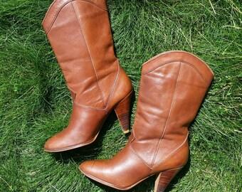 SALE!!! Vintage Women's Boots, Beautiful Chestnut Brown Leather Boots, Nine West 1980s  Bohemian Western Mid-calf Nine West Size 6