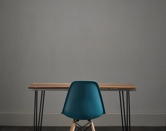 Solid Walnut Desk With White Inlay - Striking Design