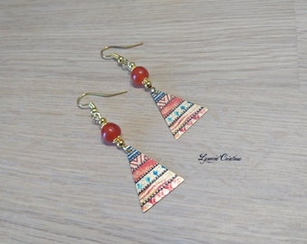 Golden earrings with orange red agate beads and copper with glitter paint, creating unique and colorful triangle
