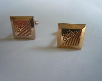Cool Hickok 1950s GoldArt Deco Cuff Links