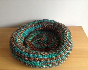 Handmade Doughnut shape crocheted cosy cat or small dog bed