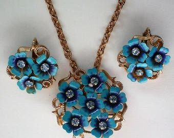 Avon Love Blossoms Forget-Me-Not Flowers Set - 5454