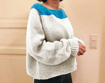 oversized 100% wool hand knitted sweater off-white