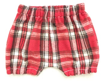 Black and red flannel plaid shorties - shorts