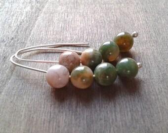 Pull through earrings, minimalist earrings, green agate earrings, green gemstone threader earrings, casual earrings, elegant artisan jewelry