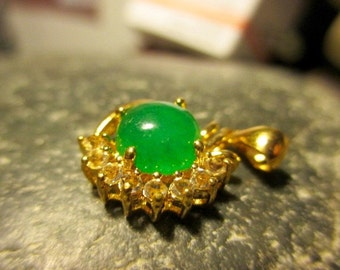 Informal Snazzy Jade Gold Plated Pendant for your Necklace (J150)