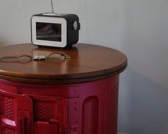 Fuchsia drum table