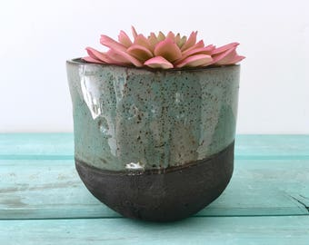 Modern Planter, Black Planter, Flower Pot, Succulent Pot, Planter, Garden Decor, Tabletop, Home decor, organic