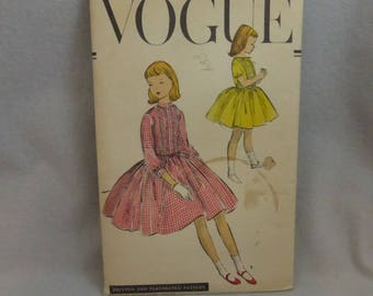 Vintage Vogue Pattern 2767 Girls Dress Size 12 Factory Fold