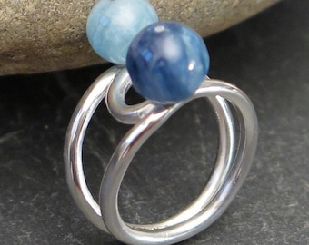 925 silver ring with aquamarine and kyanite. Size 6 1/2 US. Aquamarine ring. Kyanite ring. Sterling silver. Gemstone ring. Minimalist ring