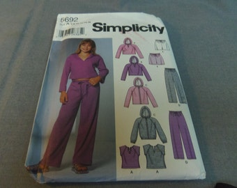 Girls Active Wear, Pants, Shorts, Knit Tops and Jacket, Size 7, 8, 10, 12, 14, 16 Uncut Pattern, Simplicity 5692
