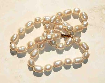 Vintage Faux Freshwater Pearl Necklace Costume Jewelry