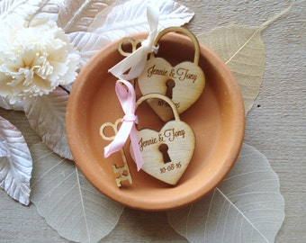 50 Heart and Key Wedding Favors