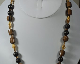 Alice Caviness Brown Necklace Set, Vintage Brown Beaded Necklace and Clip Earrings, Brown Clip Earrings, Brown Necklace Earring Set Under 25