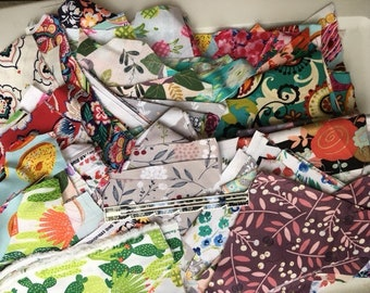Fabric Scraps, Scrap fabric, Quilting fabric scraps, fabric pieces, quilting scraps, mixed fabric, grab bag, Fabric bundle, bundled fabric