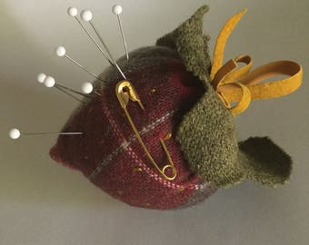 Strawberry Pincushion - wool plaid - embroidered seeds - hanging loop and bow