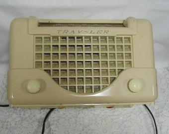 Vintage Trav-Ler Tube Radio 1940 Era Model 5066