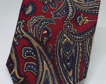 Beautiful Silk Paisley Necktie by Stafford