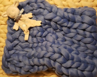 Super Chunky blanket from 100% merino wool