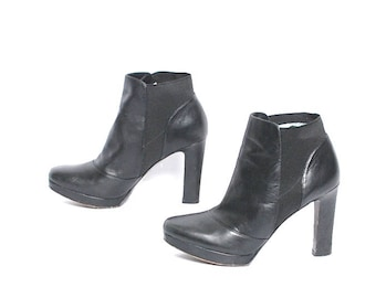 size 7.5 CHELSEA black leather 80s 90s VIA SPIGA ankle high-heeled boots