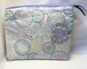 purple zippered bag, mandala inspired purse, zippered bag, cosmetic bag, toiletry bag