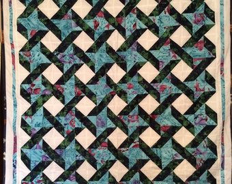 Quilt with frogs and fish