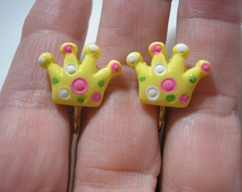 Play Earring - Clip - Golden Crown - 3/4""