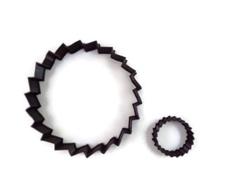 Saw Blade Cookie Cutter - Sawblade Fondant Cutter - Saw Blade Cupcake Topper