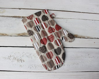 Glove With Hearts Kitchen Linen Oven Glove for cooking Kitchen Oven Mitt for cook or baker Easter gift for new kitchen, Linen Kitchen Glove