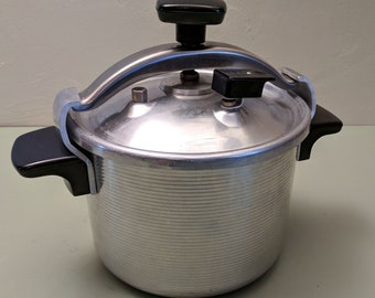 Magefesa (French) Chef Aluminum 4qt Pressure/Canning Cooker