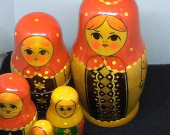45PercentoffDolls Multicolored Babushka Nesting Doll Set Matryoshka nesting dolls set of 7, wooden stacking dolls