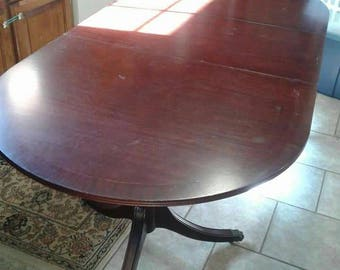 Duncan Phyfe Table/Dining Table