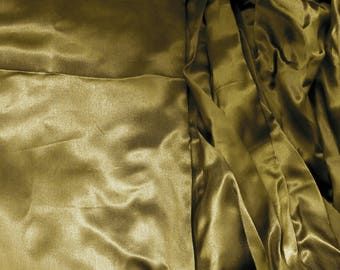 Coupon of 3.80 m khaki polyester satin