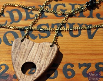 Necklace amulet Ouija Board in oak wood - Once Upon a Fantasy