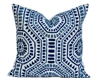 Quality premier pillow cover, cushion, decorative throw pillow, Navy Blue pillow, accent pillow, Beach pillow case, Belgian linen, Medallion