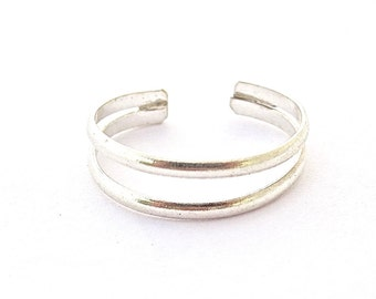 toe ring sterling silver, simple toe ring, foot jewelry, beach jewelry
