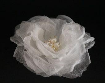 Wedding Flower, Pearl Hairpiece, Bridal Pin, Ivory Silk  Flower, Bridal Hair Piece, Bridal Hairpiece, Flower Wedding Hairpiece, Vintage