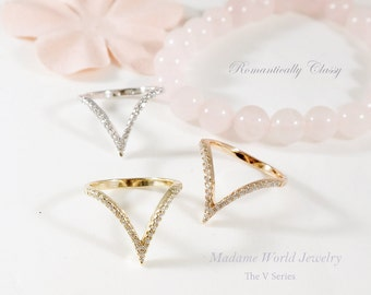 Pave Clear CZ V Shaped Ring, V Shaped Ring, Dainty V Ring, Chevron Ring, CZ Chevron Ring, Classy V Ring, Stackable Rings