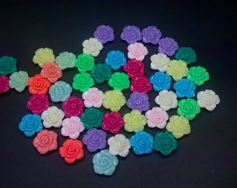 set of 100 flowers resin various colors
