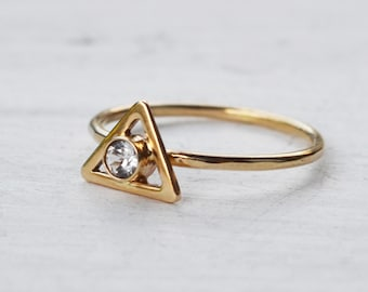14K Gold Triangle Ring, White Topaz Gemstone Ring, Affordable Wedding Ring, Gold Ring, Delicate Geometric Gold Stacking Ring, Fine Jewelry