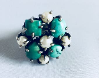 Turquoise silver ring and water pearls