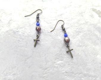 Perle und Kreuz Ohrringe, Süßwasser-Zuchtperlen Ohrringe, Juni Birthstone, Geburtstagsgeschenk für sie, Kreuz Ohrringe, Muttertagsgeschenk, Schwester