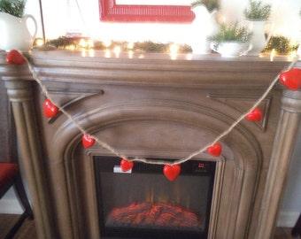 Beautiful Red Hearts Twine and Raffia GARLAND ~ Wedding ~ Valentines ~ Love