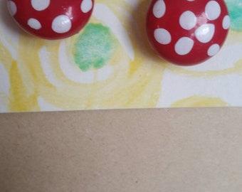 Toadstool stud earrings
